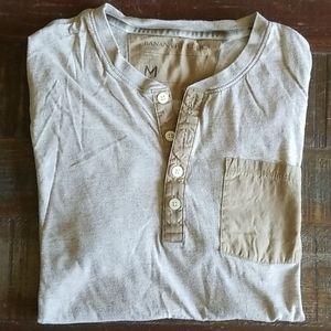 Banana Republic Men's Henley T Shirt
